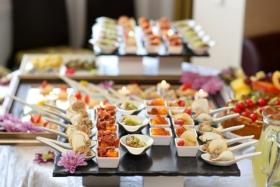 Tổ chức, làm tiệc, đặt tiệc buffet tại nhà, cơ quan